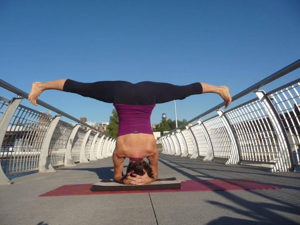 headstand - upavista