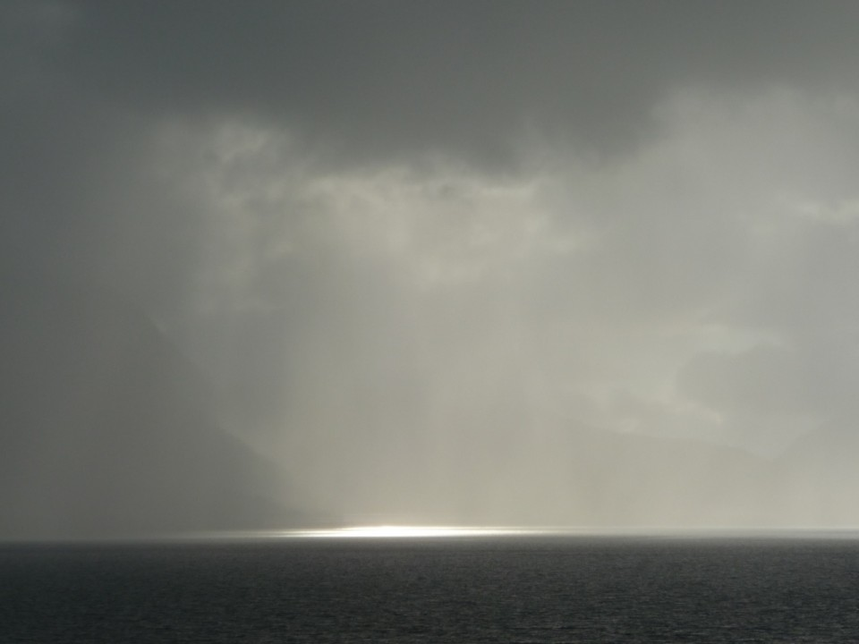 light on tomrefjord, Norway